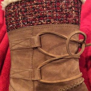 New UGG suede lace up boots. Mid-calf; Size 8
